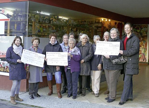 """Photo of Continue spendet Verkaufserlöse vom Projekt """"Neue Brücke"""""""