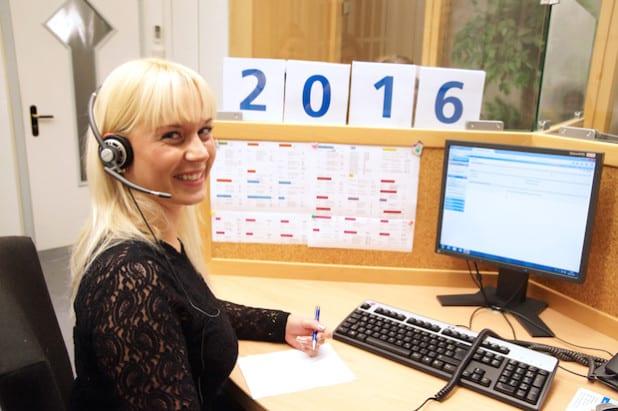 Das neue Jahr bringt einige Neuerungen mit sich. Termine für individuelle Beratungsgespräche vermitteln die Mitarbeiterinnen des KundenServiceCenters täglich von 8 bis 19 Uhr und auch samstags von 9 bis 12 Uhr (Foto: Volksbank Bigge-Lenne eG).