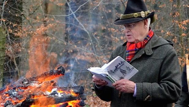 Paul-Heinz Jochheim liest die Weihnachtsgeschichte (Foto: SGV)