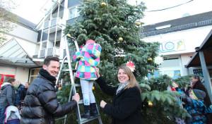 Wilnsdorfer Marktplatz um weihnachtlichen Blickfang reicher