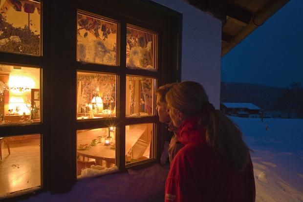 Photo of Echte Weihnachtstimmung und Tannenbaumschlagen