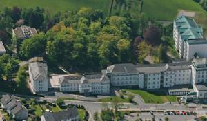 Stadt Meschede mietet Wohnheim I des Walburga-Krankenhauses für Flüchtlinge an