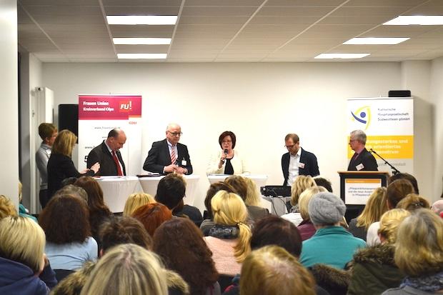 Photo of Olpe: Experten diskutierten über die Zukunft der Pflege