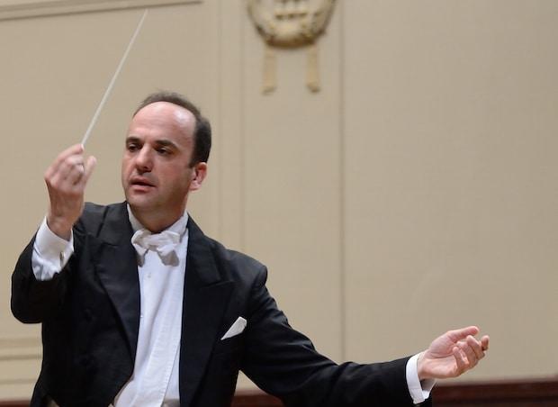 Photo of Ein Weltreisender in Sachen Musik am Dirigentenpult im Bürgerhaus Wickede