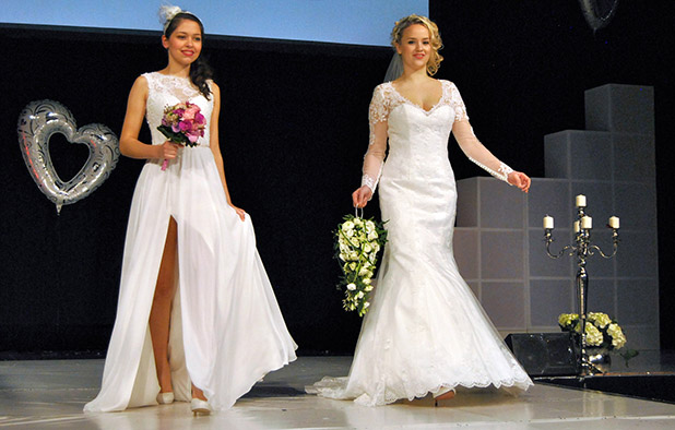 Photo of Video-Impressionen von der Hochzeits- und Festmesse in Siegen
