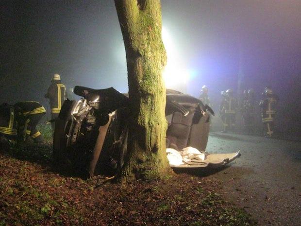Photo of Ense-Waltringen: Junger Fahrer schwer verletzt