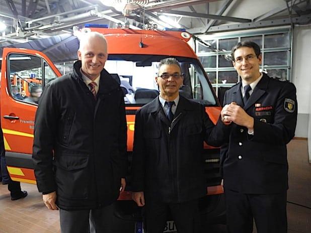 Über einen neuen Einsatzleitwagen kann sich die Burbacher Feuerwehr freuen, der beim Löschzug Burbach stationiert ist (Foto: Gemeinde Burbach).