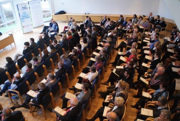 Ein voller Sitzungssaal war Beleg für die gute Beteiligung am Fachtag (Foto: Kreis Olpe).