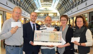 Siegen: Spenden für Flüchtlingskinder