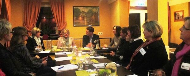 Photo of Meschede:  Erfolgreicher erster Unternehmerinnenstammtisch