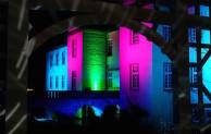 Hagen: Wasserschloss Werdringen erstrahlt in bunten Farben