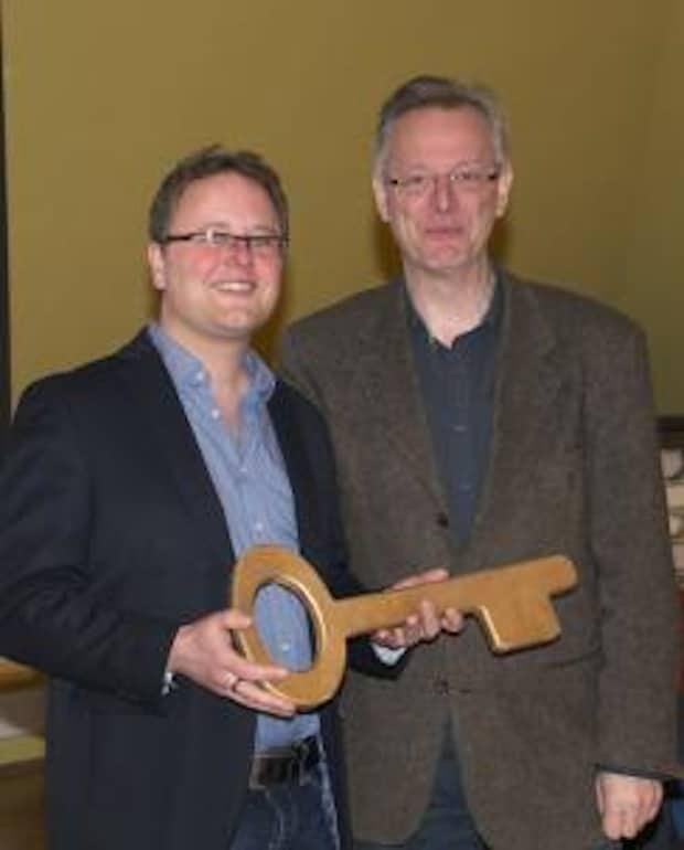 Photo of Neue Leitung der Musikschule Lippstadt: Wolfgang Streblow übergibt an Michael Ressel