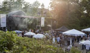 Rocken, Swingen und Feiern beim zweiten Sparkassen-Open-Air