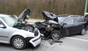 Hagen: Zwei Verletzte bei Frontalzusammenstoß auf der Dolomitstraß
