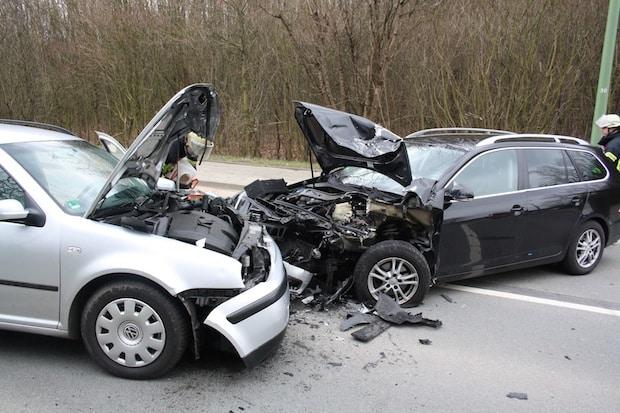 Photo of Hagen: Zwei Verletzte bei Frontalzusammenstoß auf der Dolomitstraß
