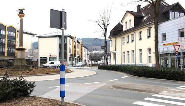Photo of Attendorn: Teilsperrung des Kreisverkehrs am Samstagmorgen