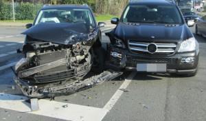 Werl: Beim Abbiegen Fahrzeug übersehen