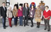 Märchen dominieren Kreishaus-Foyer – Landrat Thomas Gemke eröffnet Ausstellung im Märkischen Kreis