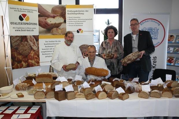 Photo of Mitglieder der Bäcker-Innung Märkischer Kreis stellen Qualität unter Beweis