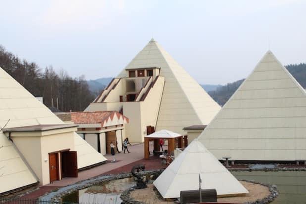 Pyramiden – Foto: Sven Oliver Rüsche
