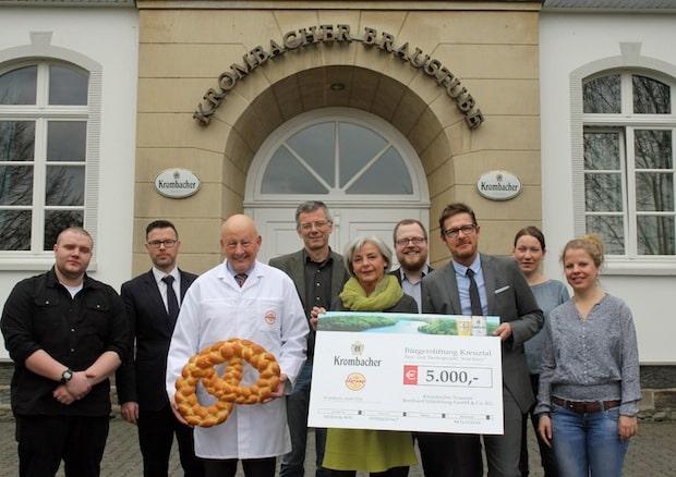 Photo of Krombacher Brauerei und Bäckerei Hesse spenden gemeinsam 5.000 Euro an die Bürgerstiftung Kreuztal