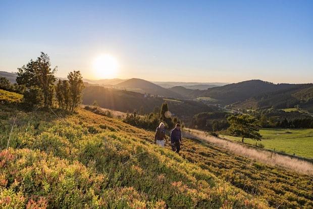 Photo of Wanderfreu(n)de auf  der Rundtour-Natur – Pauschalangebot des Ferien Service Schmallenberg