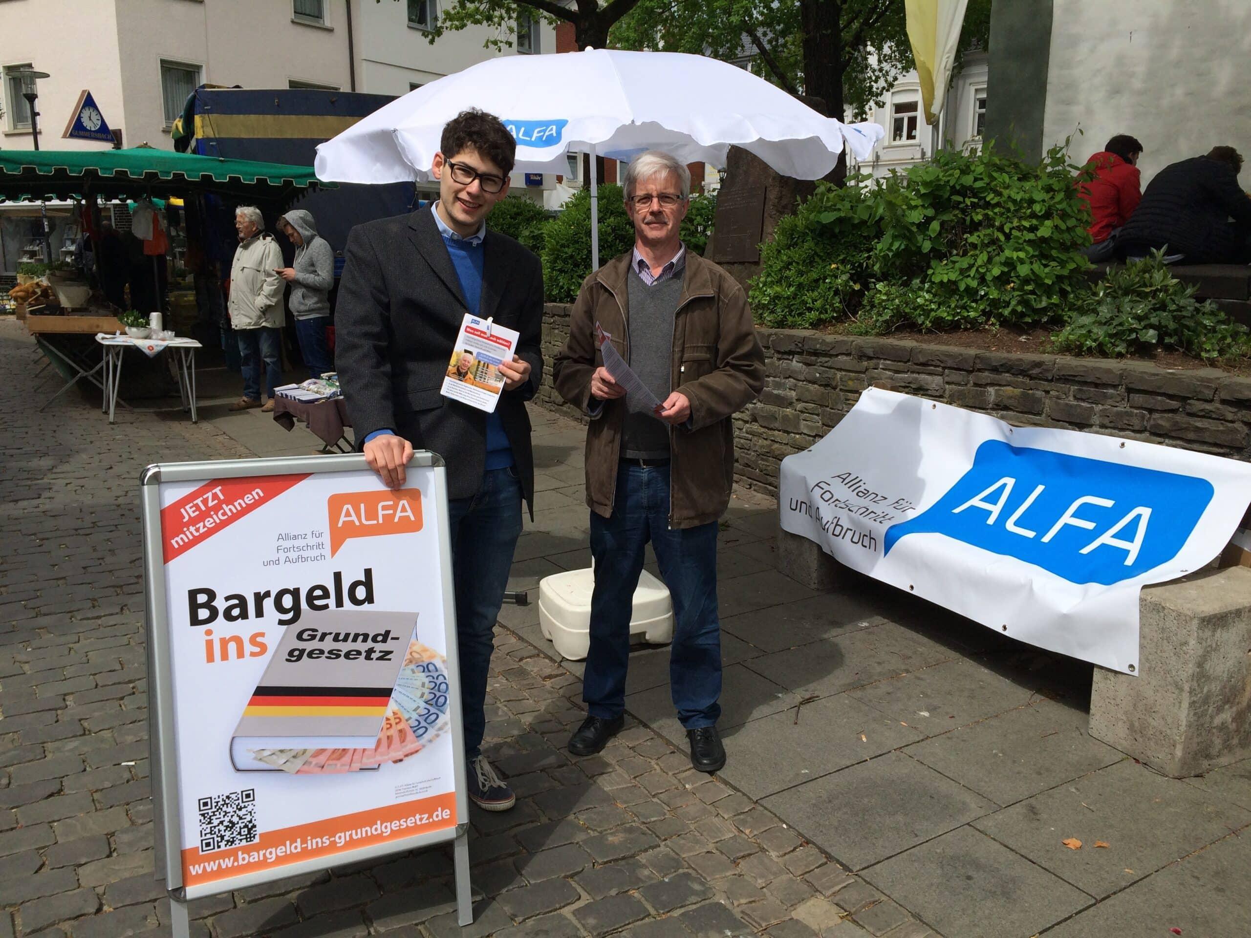 ALFA im Kreis Olpe: Die Kreisverantwortlichen Gerd Hennes (rechts) und Matthias Köster stehen für die neue bürgerliche Partei der Mitte.