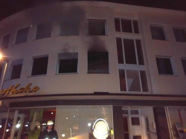 Photo of Zehn Verletzte nach Wohnungsbrand in Alt-Arnsberg