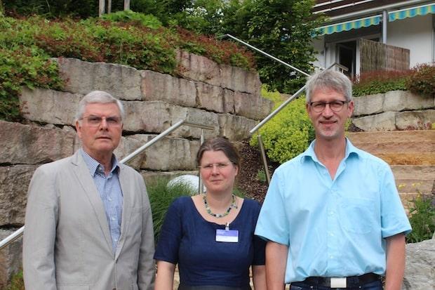 Photo of Siegen: Würdevolles Lebensende zu Hause ermöglichen – Ehrenamtliche Begleiter gesucht