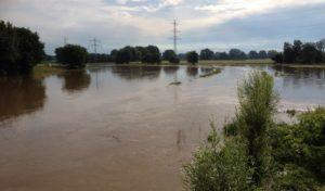 Hochwasser: MK-Feuerwehr hilft im Kreis Borken