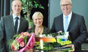 """Bestwig: """"Pädagogische Arbeit mit Kopf, Hand und Herz"""": Karin Borggrebe verabschiedet"""