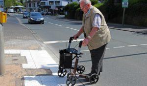 Wilnsdorf: Weniger Hürden – Kleine Maßnahmen für barrierefreien Straßenraum