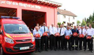 Neuer Transporter für Lipper Feuerwehr