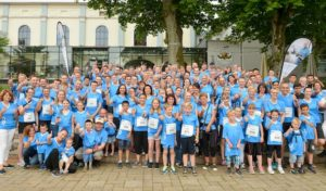 Lüdenscheid: Über 300 Laufbegeisterte in blauen Busch-Jaeger-Shirts
