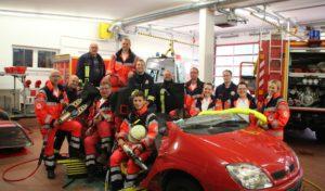Siegen-Wittgenstein: DRK Rettungsdienst und Feuerwehr üben technische Rettung