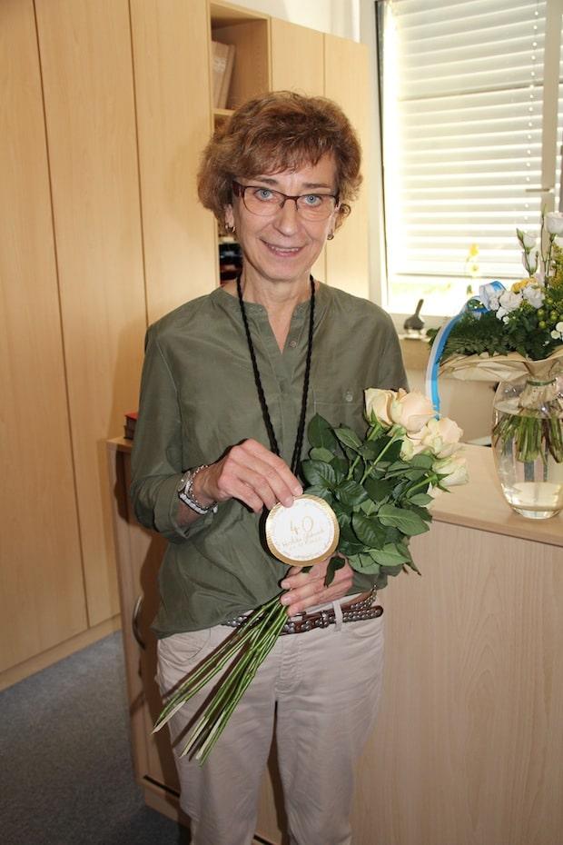 Photo of Geseke: Dienstjubiläum der Störmeder Schulleiterin Ursula Remmert