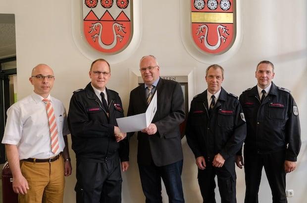 Photo of Christian Bongard zum Leiter der Feuerwehr Menden ernannt