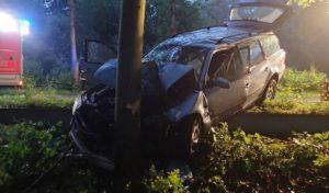 Schwerer Verkehrsunfall auf Bundesstraße 236 in Plettenberg