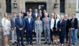 Lob für gute Zusammenarbeit: Lenkungskreis führte mit Ministeriumsvertretern Kooperationsgespräch