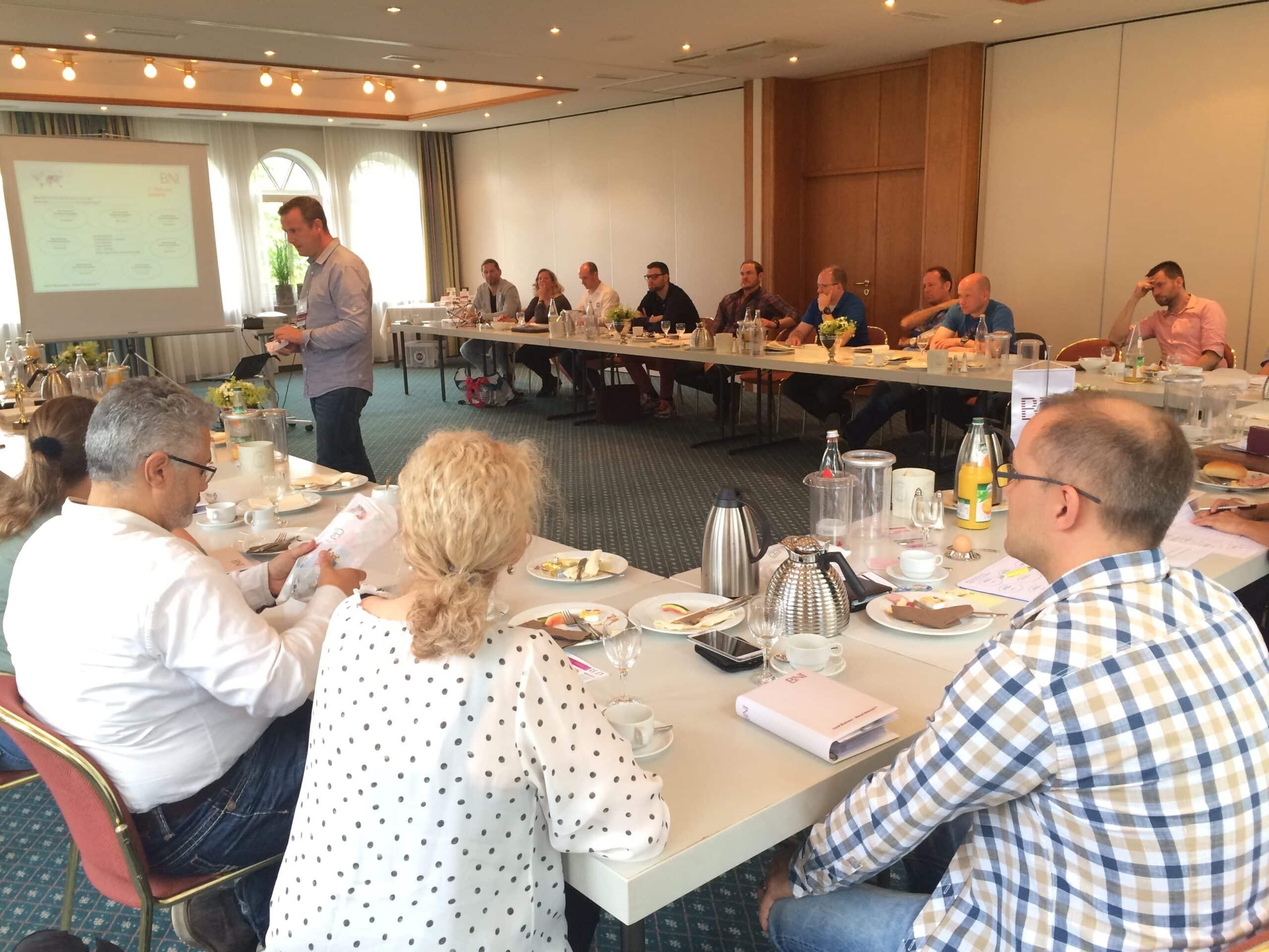 Photo of BNI Olpe Unternehmerfrühstück – Rekordsumme beim Empfehlungsmarketing!