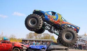 Arnsberg: Stunt- und Monster-Truck-Show