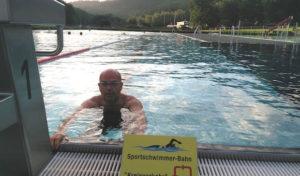 Neunkirchen: Abgetrennte Sportschwimmerbahn im Familienbad