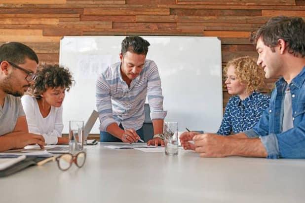 Photo of 90 Prozent der Arbeitnehmer ziehen persönliche Meetings der Videokonferenz vor