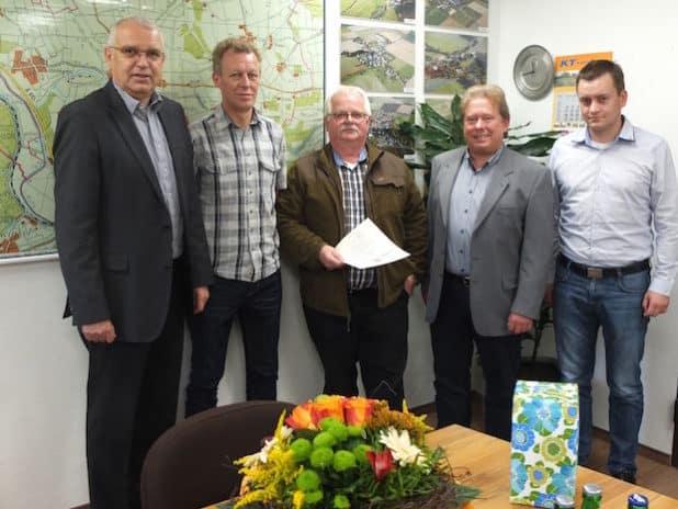 v.l.n.r.: Herr Wegener, Herr Kötter, Herr Luig, Herr Fresen, Herr Schröder - Quelle: Gemeindeverwaltung Ense