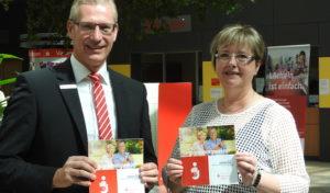 Neues gemeinsames Angebot von Stadt und Sparkasse Hagen: Der Seniorenwegweiser