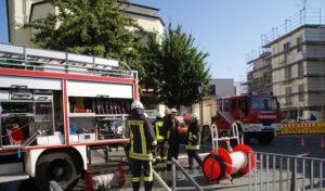 Arnsberg: Rauchentwicklung in Tiefgarage ruft Feuerwehr auf den Plan