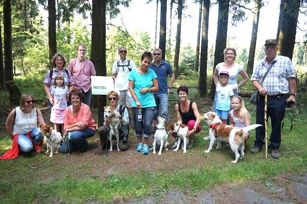 Hundewanderung - Foto: Stadt Hilchenbach/Dilgert-Hein