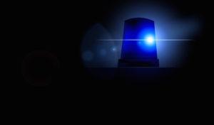 Meschede: Falscher Polizist hält Auto an