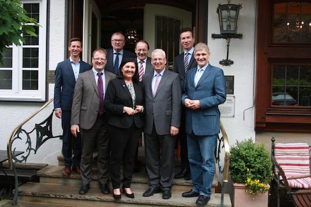 Photo of Hochsauerlandkreis – Zusammenarbeit im Katastrophenfall: Kreise verabreden gegenseitige Hilfe