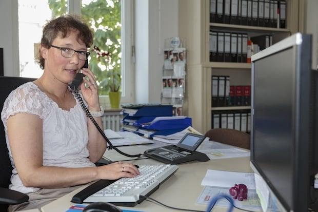 """Photo of Arnsberg – """"Unternehmen Berufsanerkennung"""" startet Telefonaktion"""